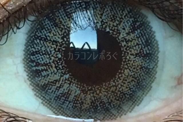 エクシクリアカラーグレー(i-lens/アイレンズ)着画アップ