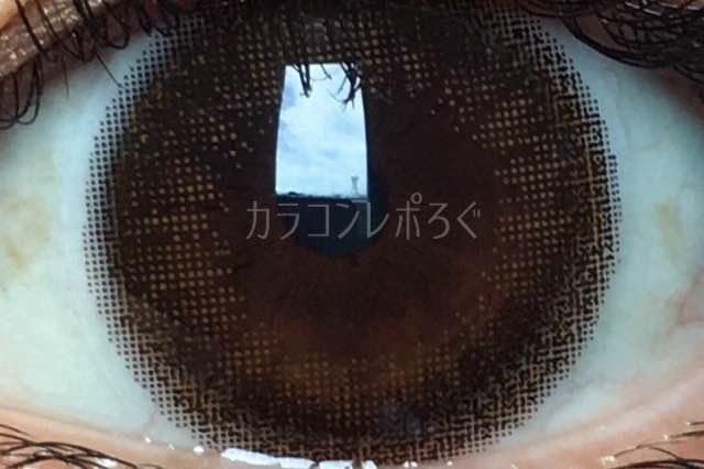 ヌーディーブラウン/ルミアDIA14.5mm着画アップ