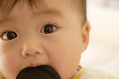黒目が大きいとかわいくみえる例:赤ちゃん
