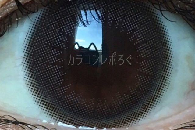 クラッシーベージュ/ビュームワンデー着画アップ